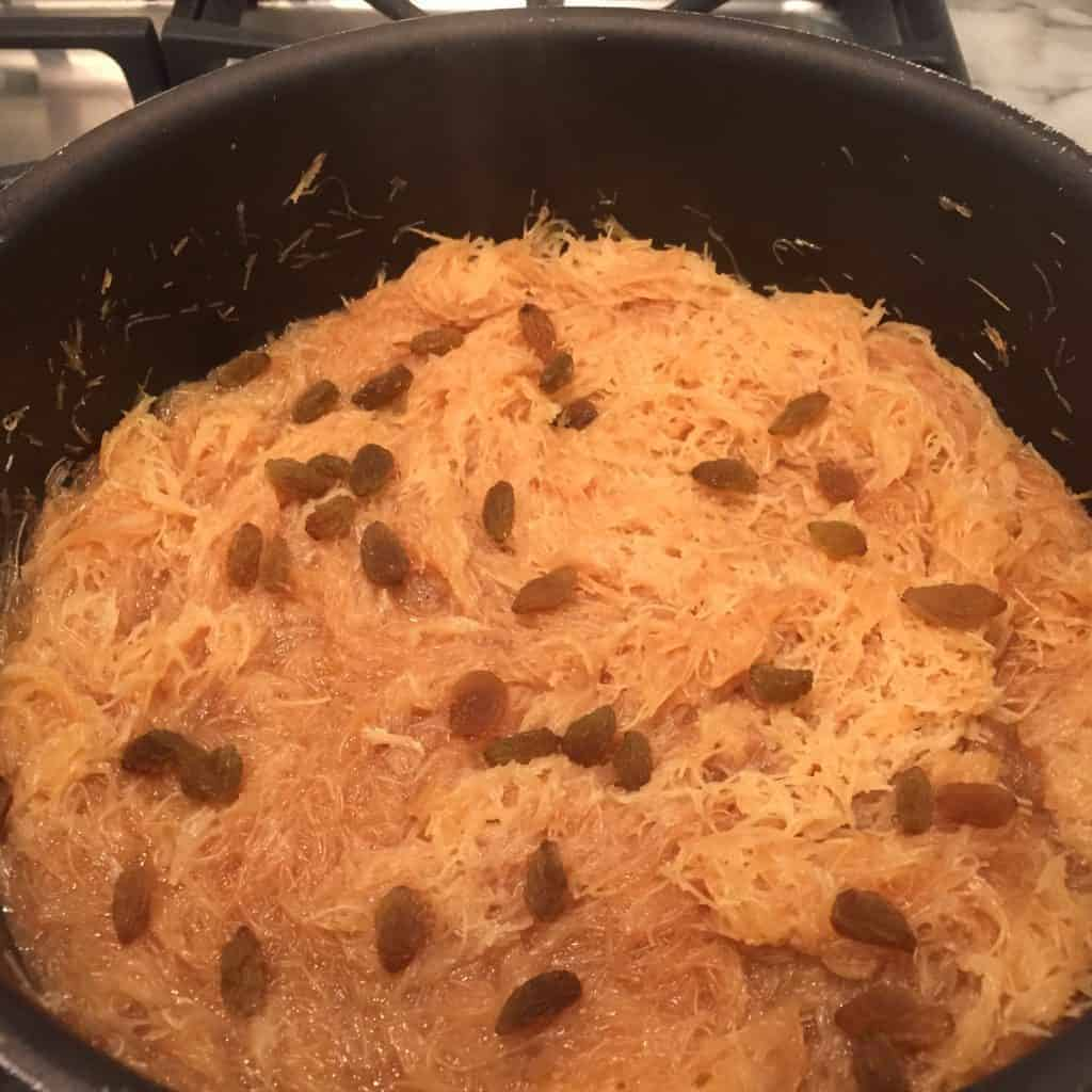 Vermicelli Sheera garnished with raisins