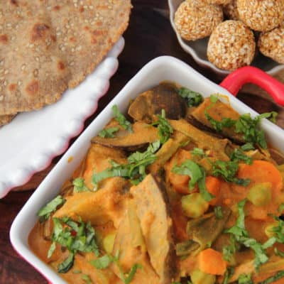 Bhogichi Bhaji (Traditional maharashtrian mix vegetable curry)