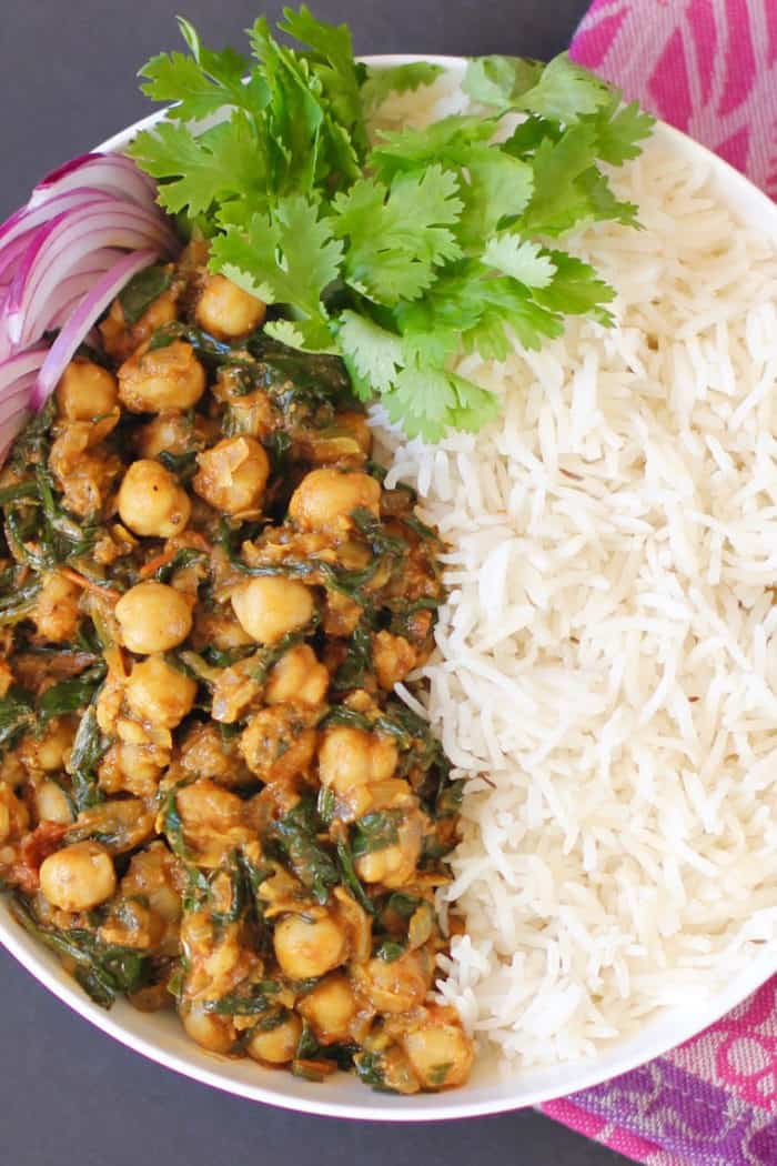 Instant Pot Chana Saag {Chickpeas and Spinach Curry}