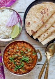 black eyed peas curry served with roti and rice