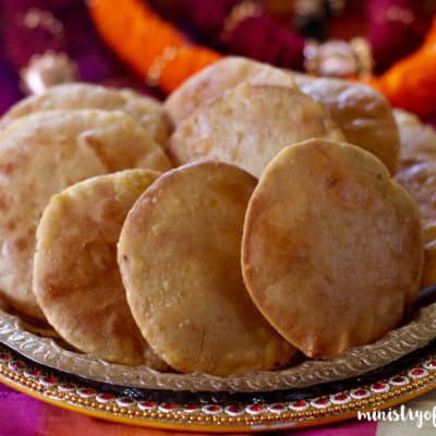 Saranachi Puri {fried flatbread with sweet stuffing}