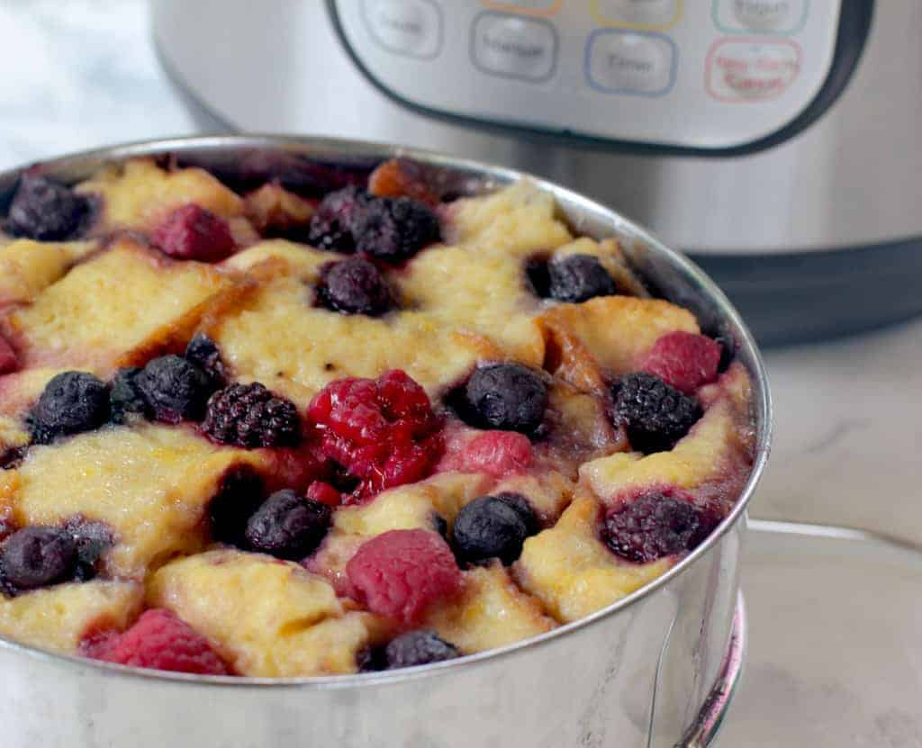 summer berry bread pudding