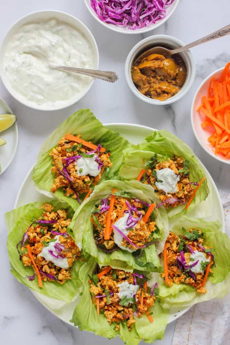 Tofu lettuce wraps with raita and pickle