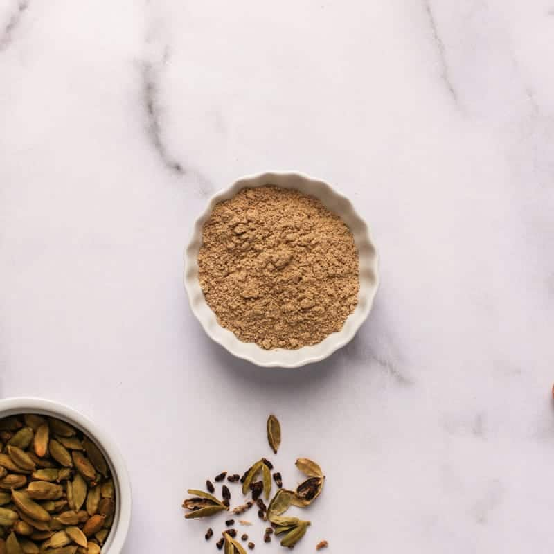 Ground cardamom powder