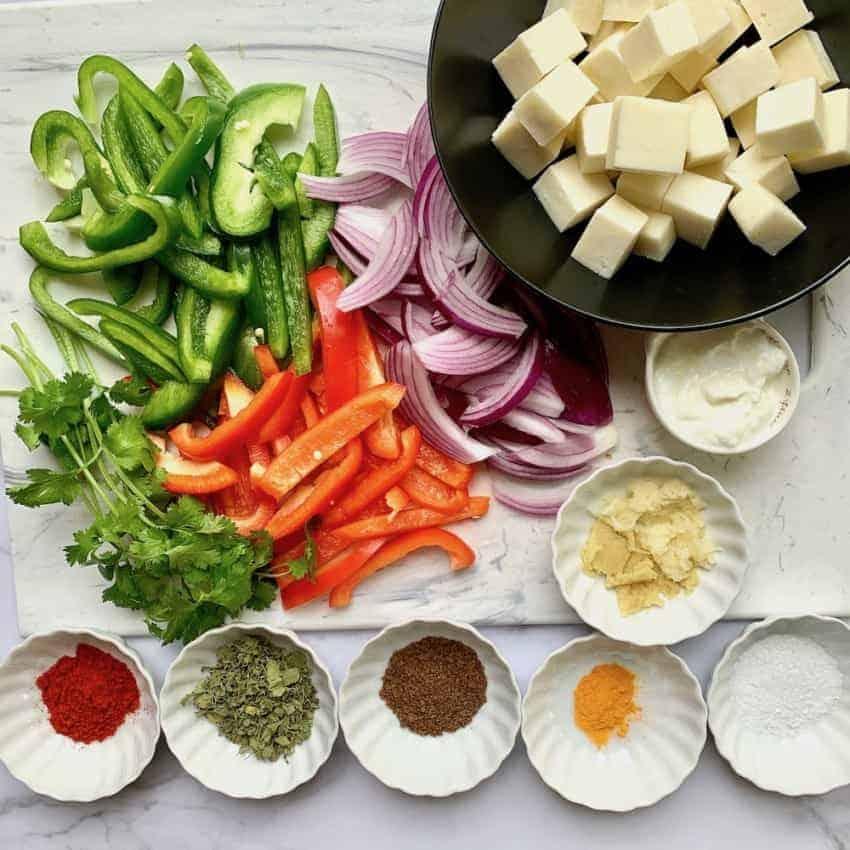 Ingredients for paneer kathi rolls