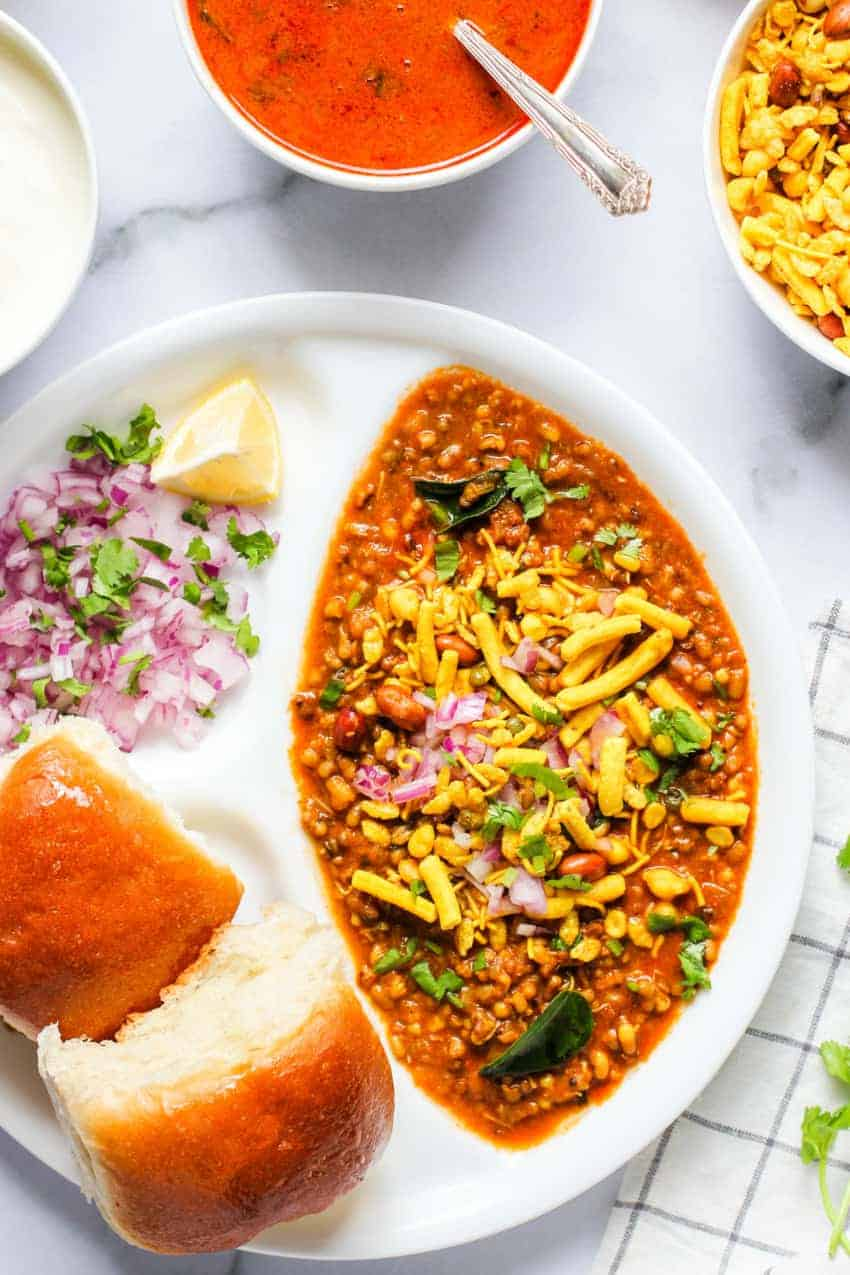 Misal pav served in a white plate