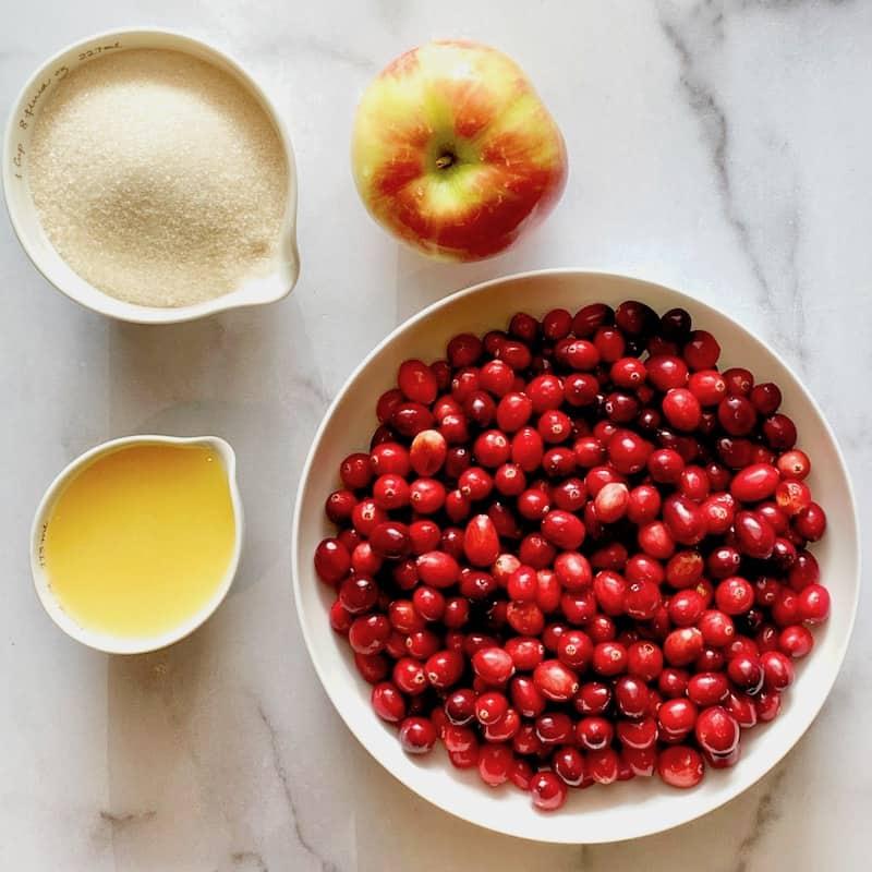 ingredients to make cranberry sauce