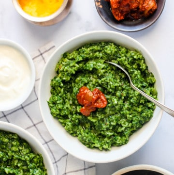 Palak Khichdi served with pickle