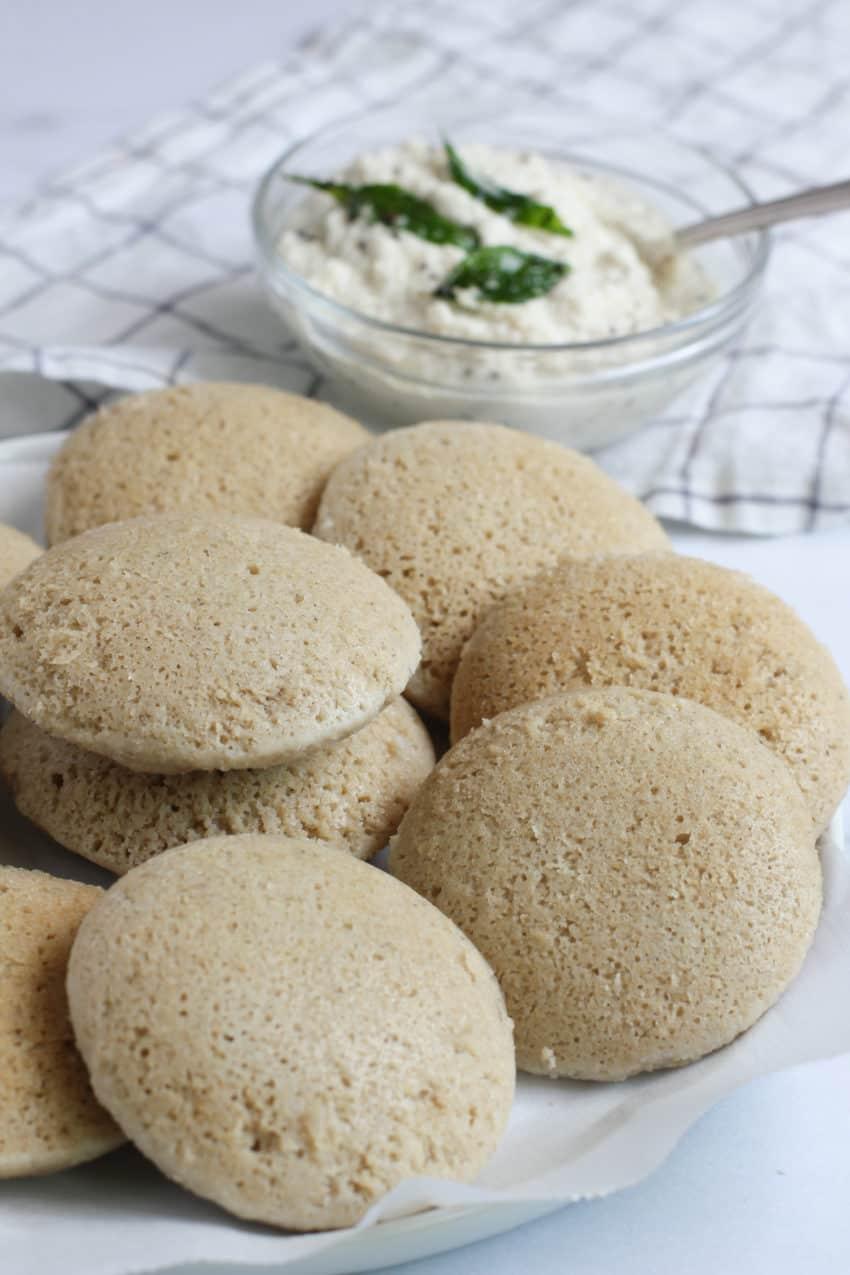 quinoa idli with coconut chutney