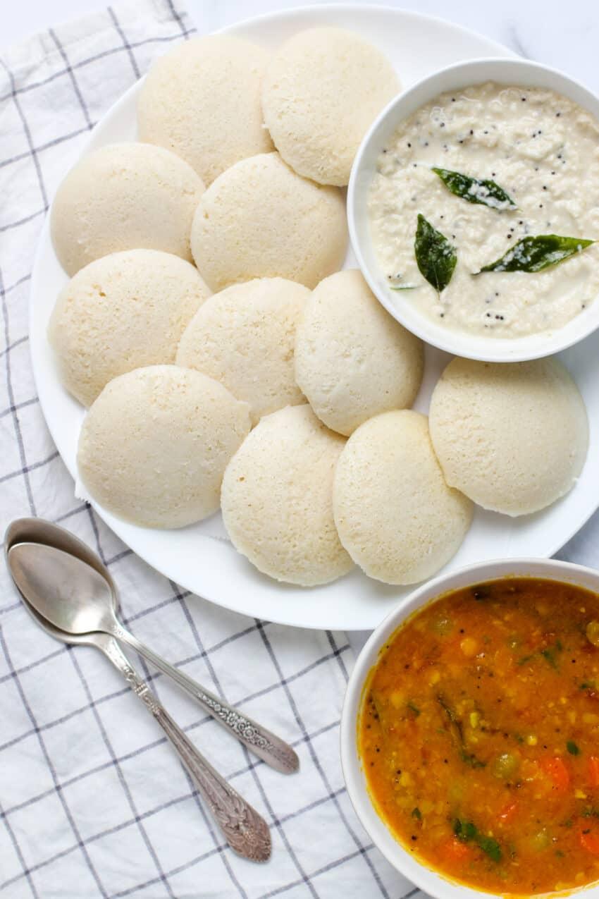 Steamed Idli's served with chutney and sambar
