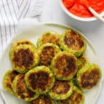 broccoli cutlets with red chutney