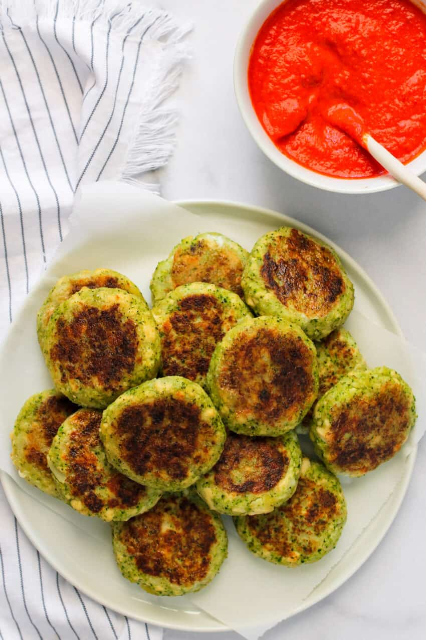 Broccoli tofu cutlets with red pepper chutney