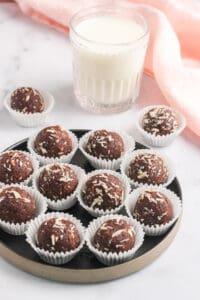 quinoa truffles with milk