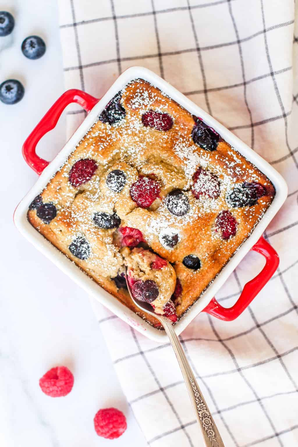 Baked Oats with berries