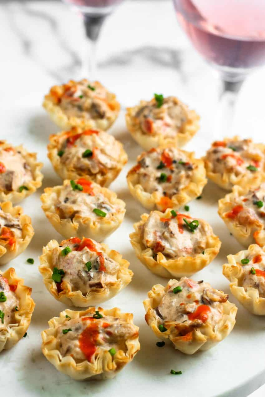 filo cups with mushroom filling