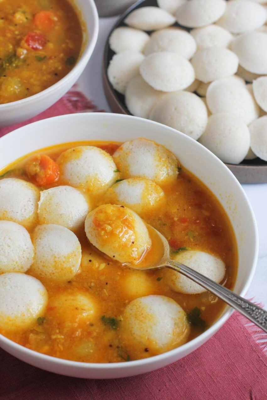 bowl of mini idli and sambar